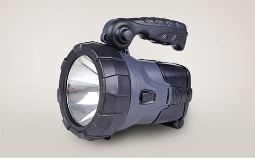 LED灯手提式强光手电筒太阳能充电探照灯