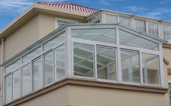 玻璃门窗,玻璃推拉门窗,无框阳台窗,铝合金推拉门窗,铝合金玻璃,