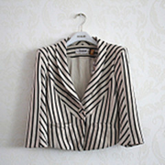 CCDD专柜正品2012秋装新款时尚休闲女款西装短外套