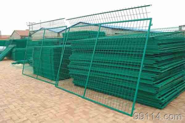 框架护栏网|河北隔离栅|花园防护网
