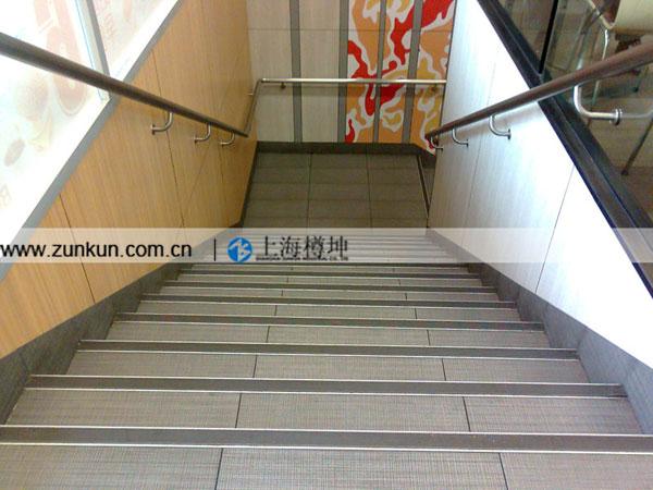 超市楼梯设计图