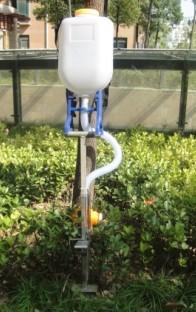 供应2012果树施肥器
