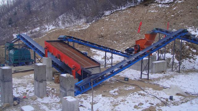磁铁矿干式磁选机,提高铁粉含铁量磁铁矿干式磁选机