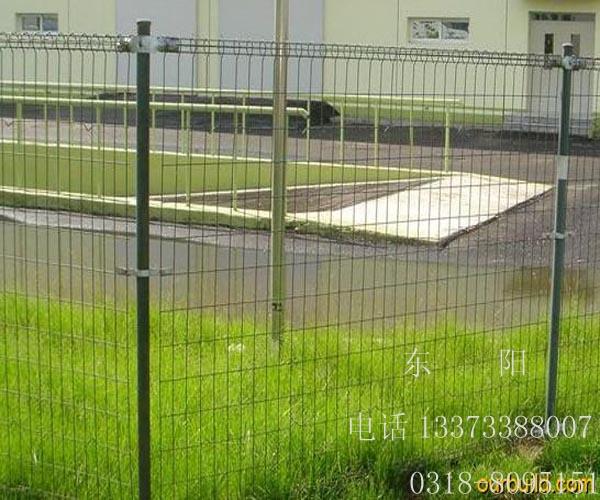 双圈丝护栏网供应厂家