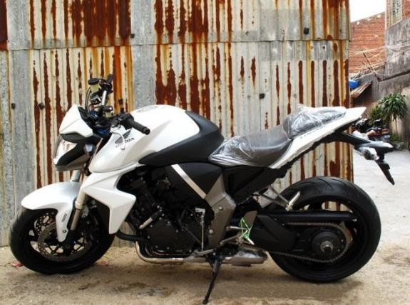 低价进口摩托车公路跑车赛车08款本田大黄蜂CB1000R   2