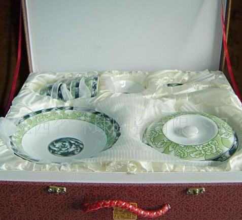 九头陶瓷茶具
