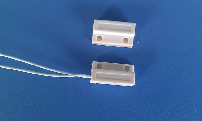 天津磁控门磁报警器,表面式门磁探测器,有线门磁的作用
