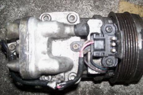 供应奔驰s300汽车冷气泵 水箱 冷凝器 电子扇 原装拆车件