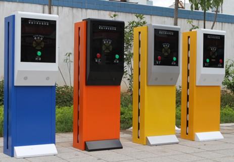 侯马市标准路面停车场高端进出系统-智能停车场系统直销