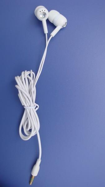 深圳耳机工厂热销入耳式MP3耳机
