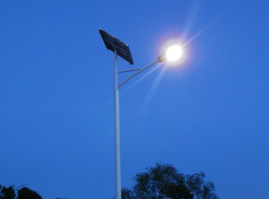 太阳能路灯的安装简单