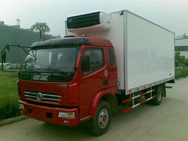 东风8-10吨的冷藏货车厂家售价丨康霸7.6米冷藏车