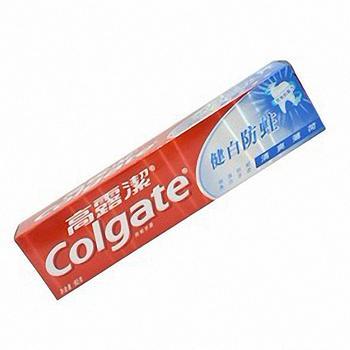 低价批发洗衣粉,洗发水。牙膏