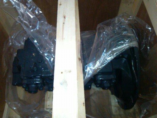 小松配件PC450-7液压泵总成