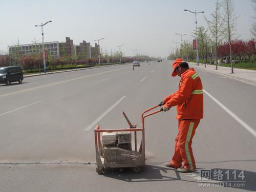 烟台沥青和水泥路面裂缝修补专用路面灌封胶