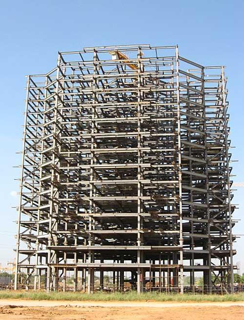 山东钢结构公司承揽各种钢结构 网架 幕墙工程