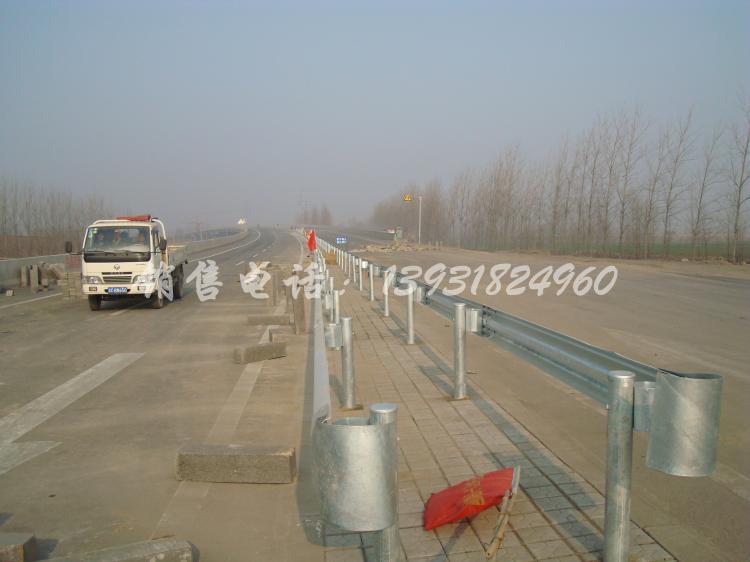 高速常用型波形护栏板(GR-A-4E)型