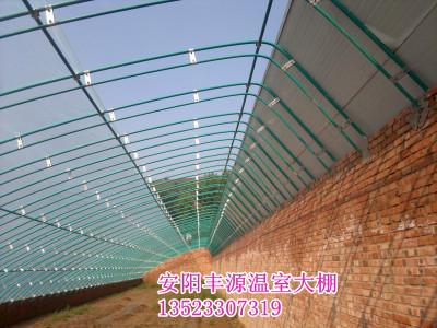 日光温室大棚骨架及设备 连栋温室大棚喷灌滴管设备