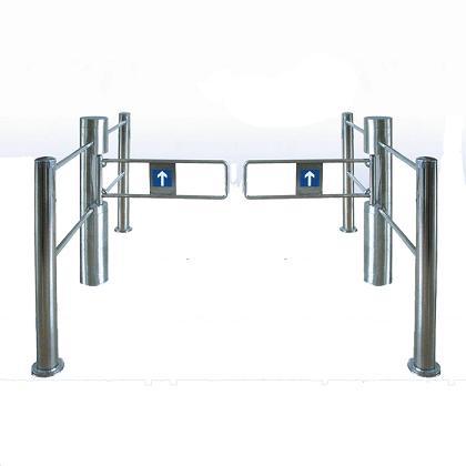 圆柱带护栏摆闸安装