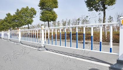 南宁市政道路护栏 镀锌钢管全新制造