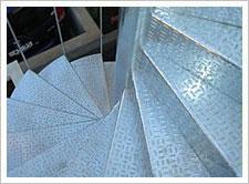 梯踏板的种类