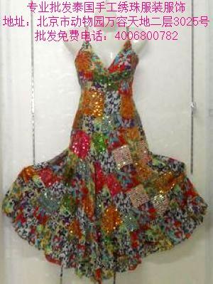 泰国手工绣珠民族女士服装