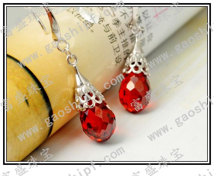 富盛宝石-您最专业的人造锆石、锆石饰品供货商