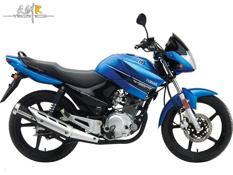 雅马哈天剑125摩托车