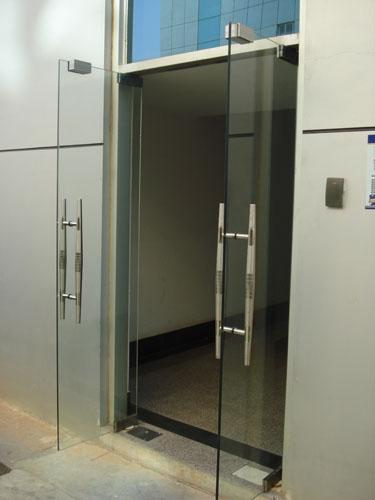 上海玻璃门安装维修021-55968597