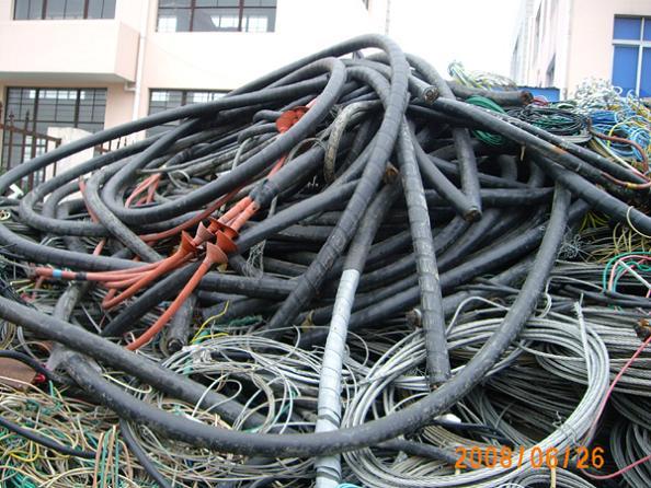 大量光盘 书刊 亚克力 废铜回收 北京废旧物资回收公司