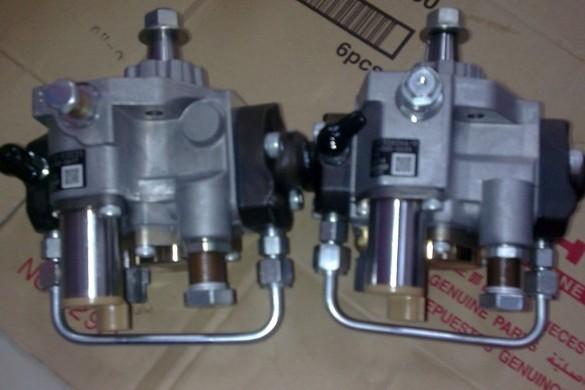 神钢挖掘机高压油泵图片