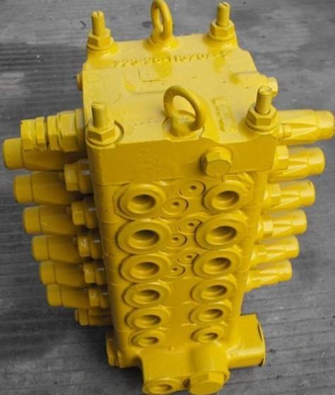 小松挖掘机60-7分配阀