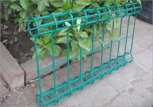 供应山东济南双圈护栏网厂家直接供应  低价销售