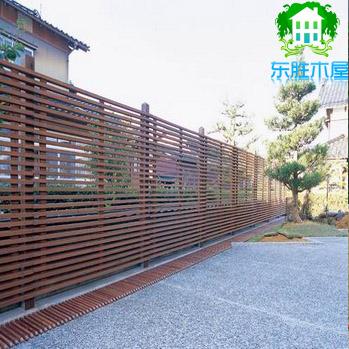 防腐木围栏,木门