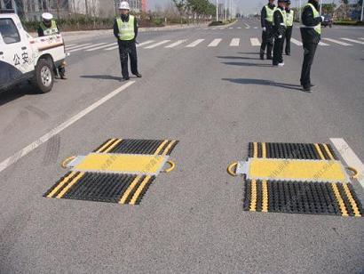 路政交警治理车辆超载新装备!产品终身保修!坚固耐用年!
