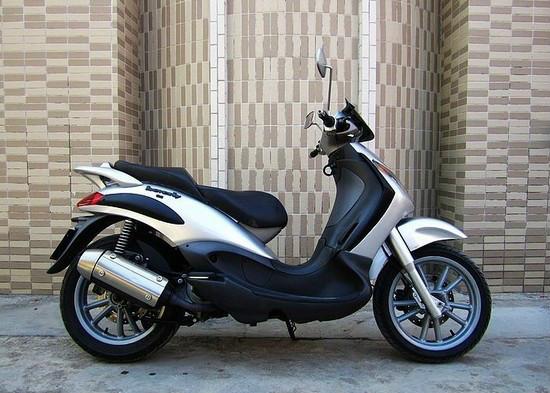 比亚乔200摩托车最新报价,价格:1600元