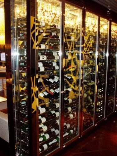 供应 定制加工不锈钢酒柜