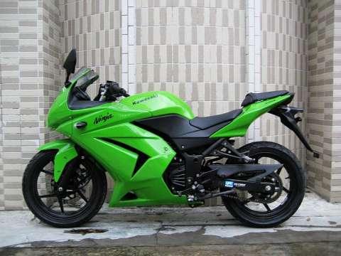 川崎ZX250R摩托车最新报价