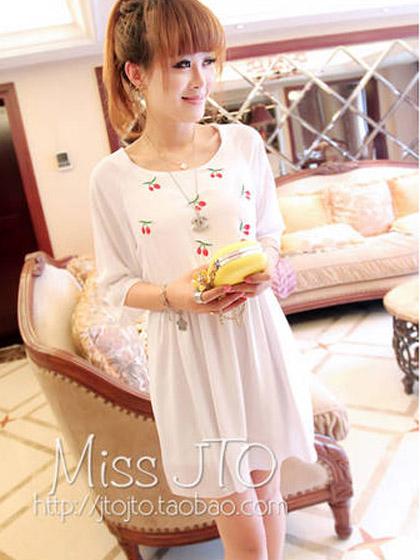 甜美樱桃刺绣图案花边袖纯色百搭雪纺连衣裙