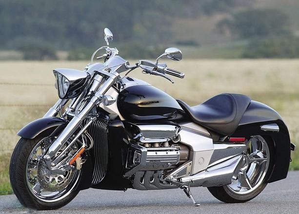 有嘉陵70摩托油箱本田标吗_本田北欧女神摩托车