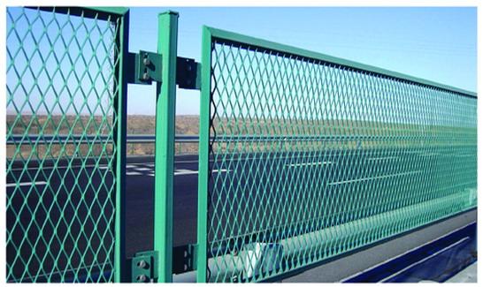 各种规格钢板网护栏,桥梁钢板防眩网