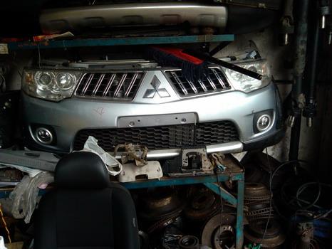 宝马320传动轴拆车件