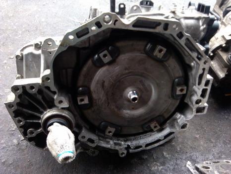 宝马350叶子板拆车件