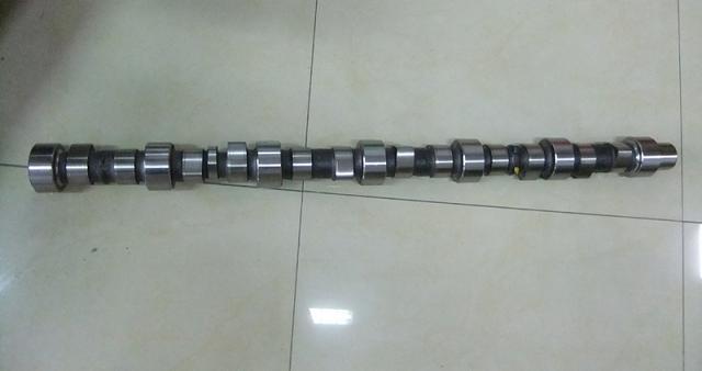 PC300-7凸轮轴6742-01-4320