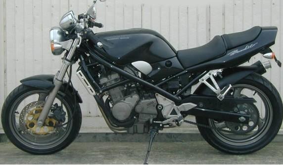 供应 铃木新款盗匪400摩托车