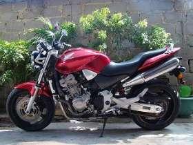 德阳本田黄蜂900摩托车代理商价格:2500元