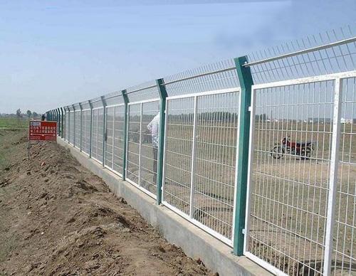 厂区围栏网、工地隔离网
