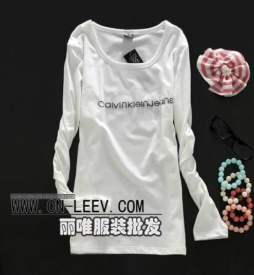 全国最大最便宜的服装批发市场东莞虎门秋装卫衣T恤打底衫批发