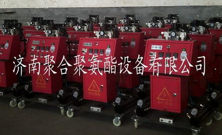 江苏无锡太阳能水箱保温聚氨酯浇注机