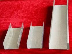 冷弯机对变型扭曲是怎样进行矫直的?